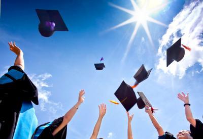 20150624202058-graduation.jpg